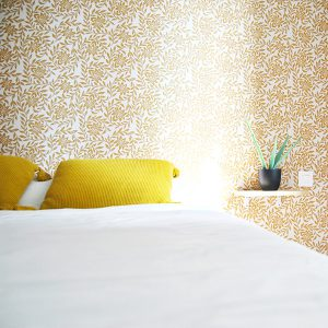 HOTEL-LE-THUROT-HEADER-GALERIE-CHAMBRE-JAUNE